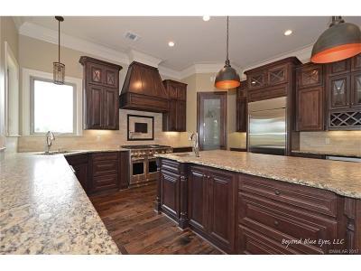 Benton Single Family Home For Sale: 213 Sam Willen Drive