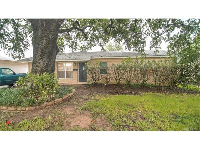 Bellair, Bellaire Single Family Home For Sale: 3421 Schuler Drive