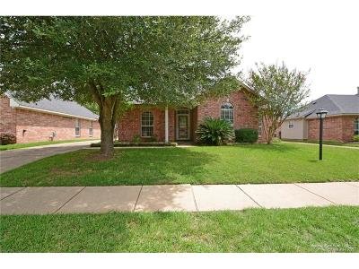 Single Family Home For Sale: 1106 E Belle Haven Drive