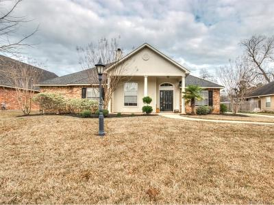 Brunswick Place Single Family Home For Sale: 9619 Gardere Drive