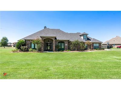 Bossier City Single Family Home For Sale: 2708 Caplis Sligo Plantation Drive