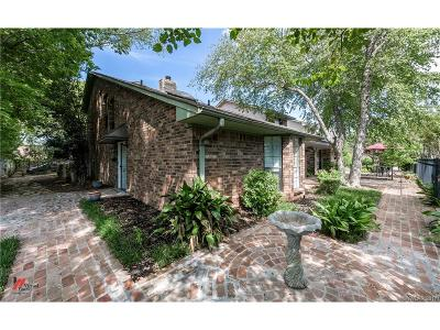 Bossier City Condo/Townhouse For Sale: 2655 Village Lane #4