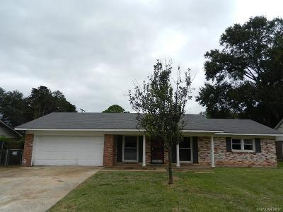 Single Family Home For Sale: 228 Johnnie Drive