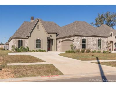 Benton Single Family Home For Sale: 307 Cameron Circle