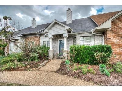 Bossier City Condo/Townhouse For Sale: 3635 Greenacres Drive #326