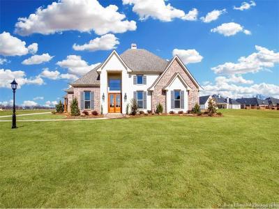 Benton Single Family Home For Sale: 624 Silk Wood Drive