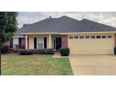 Bossier City Single Family Home For Sale: 3305 Jefferson Place