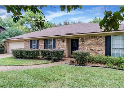 Town South Estates Single Family Home For Sale: 438 N Dresden Circle