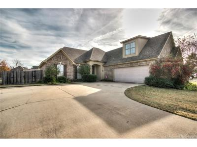 Benton Single Family Home For Sale: 3903 Le Brooke Lane