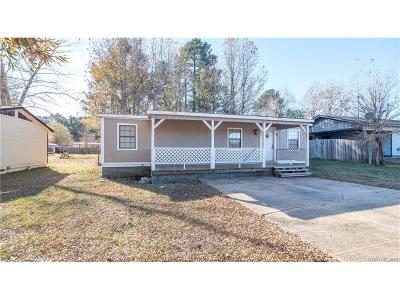 Haughton Single Family Home For Sale: 321 W Jackson Avenue
