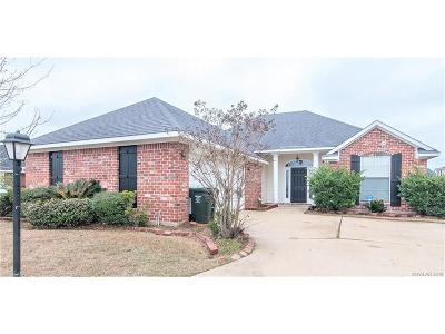 Bossier City Single Family Home For Sale: 1500 E Belle Haven Drive