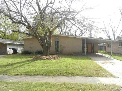 Bossier City Single Family Home For Sale: 1314 Holiday Place