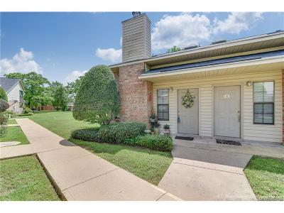 Bossier City Condo/Townhouse For Sale: 3636 Greenacres Drive #34