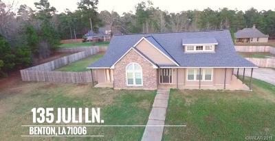 Benton Single Family Home Active Under Contract: 135 Juli Lane