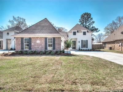 Benton Single Family Home For Sale: 122 St. Andrews Lane