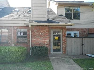 Bossier City Condo/Townhouse For Sale: 3636 Greenacres Drive #10