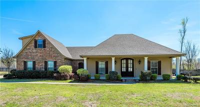 Haughton Single Family Home Contingent: 2828 Sunrise Point