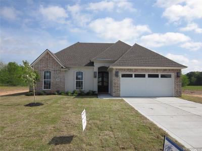 Bossier City Single Family Home For Sale: 811 Durango Drive