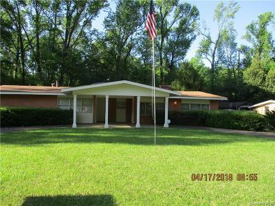 Caddo Parish Single Family Home For Sale: 3303 Terrace Drive