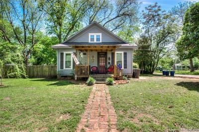 Shreveport Single Family Home For Sale: 201 E Fairview Street