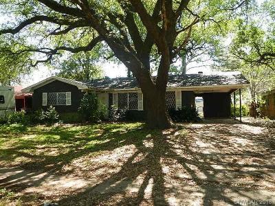 Caddo Parish Single Family Home For Sale: 2250 W Algonquin Trail