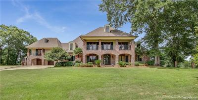 Haughton Single Family Home For Sale: 15 Nine Oaks Court