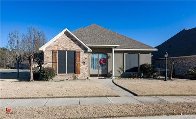 Haughton Single Family Home For Sale: 64 Fairway Circle