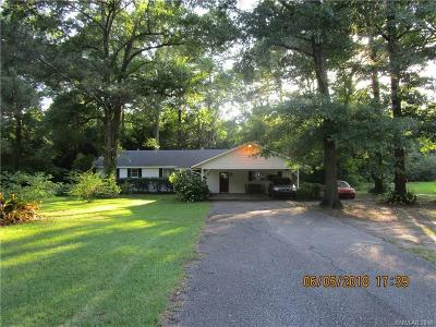 Caddo Parish Single Family Home For Sale: 624 Pine Acres Road