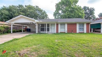 Broadmoor Terrace Single Family Home For Sale: 510 Mockingbird Lane