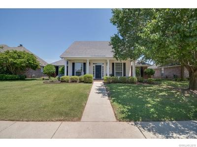 Cross Creek Single Family Home For Sale: 1611 S Lexington Drive