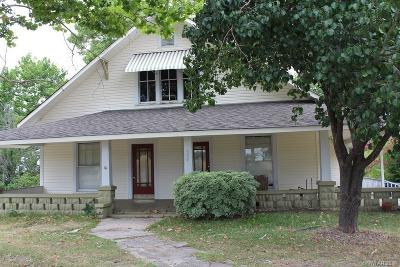 Minden Single Family Home For Sale: 330 Pine Street