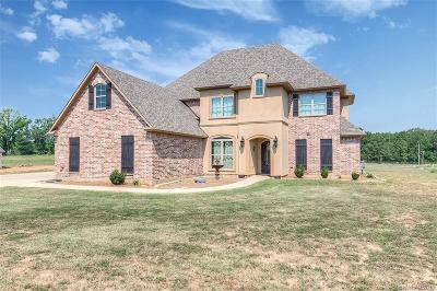Haughton Single Family Home For Sale: 302 Granite Drive
