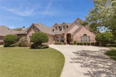 Twelve Oaks, Twelve Oaks/Orleans Court, Twelvel Oaks Single Family Home For Sale: 9423 Milbank Drive