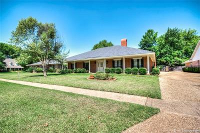 University Terrace, University Terrace South, University Terrace, Unit #4 Single Family Home For Sale: 7603 Chesapeake Drive