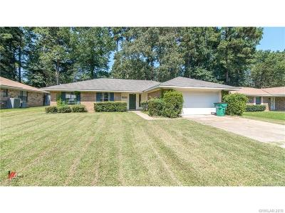 Dogwood Park Single Family Home For Sale: 8417 Woodhill Lane