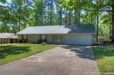 Haughton Single Family Home For Sale: 205 Flagg Drive
