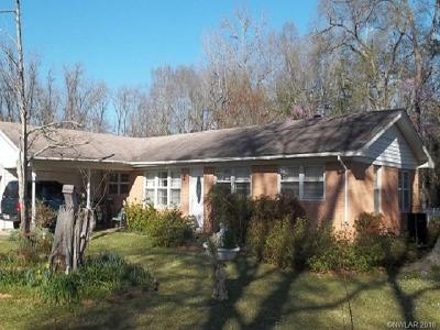 Ringgold LA Single Family Home For Sale: $58,000