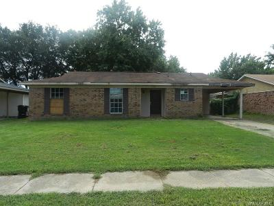 Single Family Home For Sale: 2102 General Mouton Drive