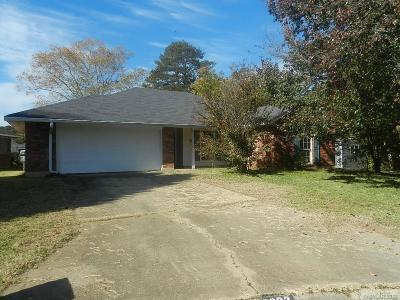 Single Family Home For Sale: 3202 Judy Lane