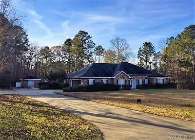 Single Family Home For Sale: 134 Oak Ridge Lane