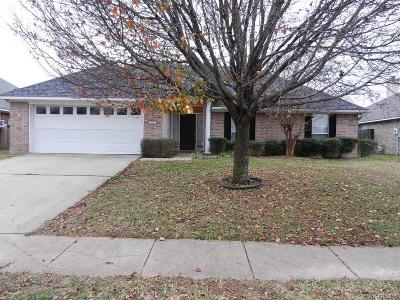 Bossier City LA Single Family Home Contingent: $180,000
