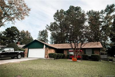 Haughton Single Family Home For Sale: 8532 Hollow Bluff Drive