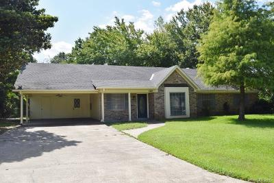 Minden Single Family Home For Sale: 1307 Whispering Pines Drive