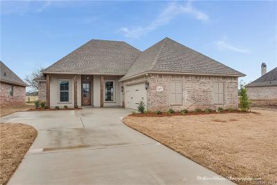 Benton Single Family Home For Sale: 167 Jamestowne Boulevard