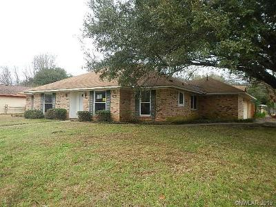 Single Family Home For Sale: 6011 Tracy Lane
