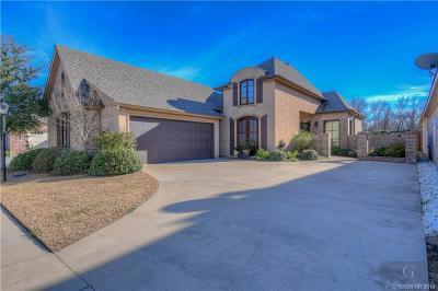 Twelve Oaks Single Family Home For Sale: 1025 Ursuline Avenue