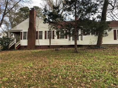 Single Family Home For Sale: 3004 Country Club Drive