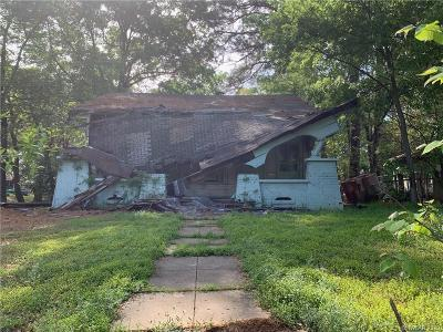Shreveport Single Family Home For Sale: 2126 Creswell