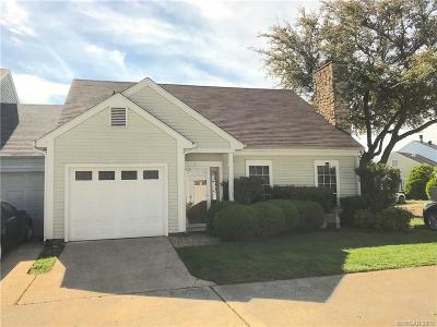 Town South Estates Single Family Home For Sale: 42 Settlers Bend