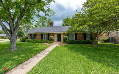 Broadmoor Terrace Single Family Home For Sale: 6105 Burgundy Drive